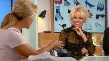 Vidéo – Pamela Anderson rhabille Anne-Sophie Lapix