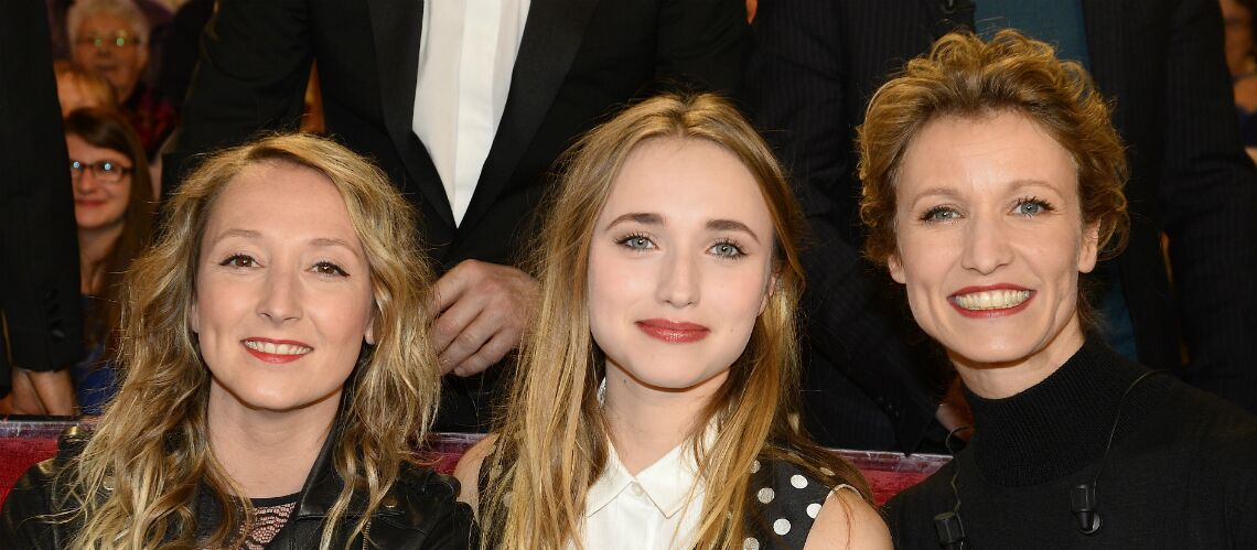 PHOTOS – Chloé Jouannet s'éclate en soirée avec Audrey et Alexandra Lamy et son chéri
