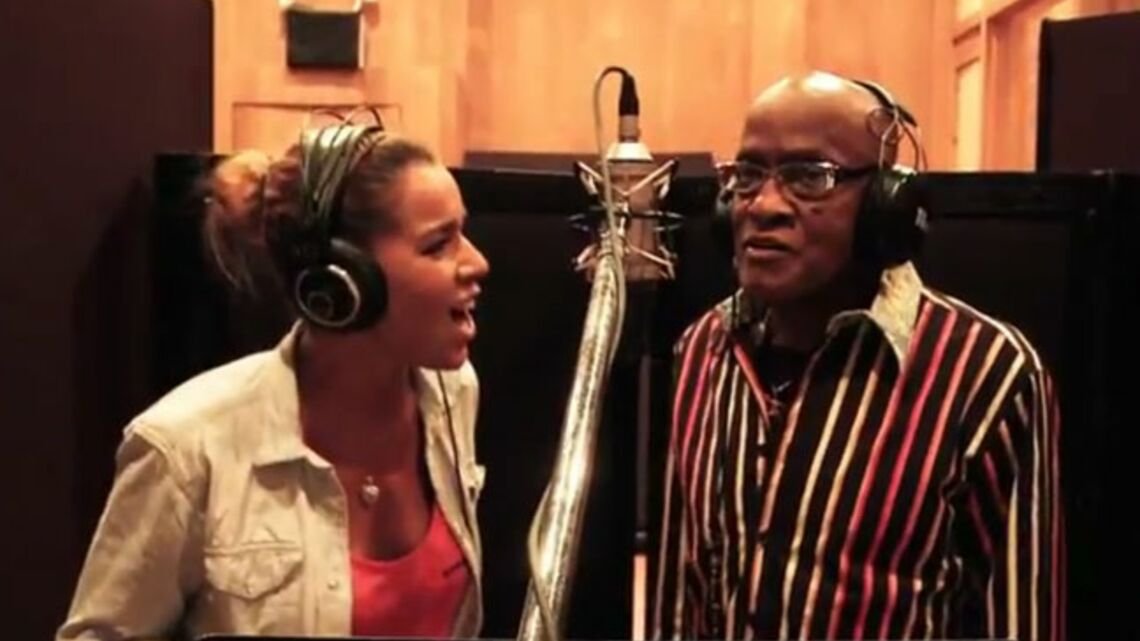 Vidéo – Chimène Badi, en duo avec Billy Paul