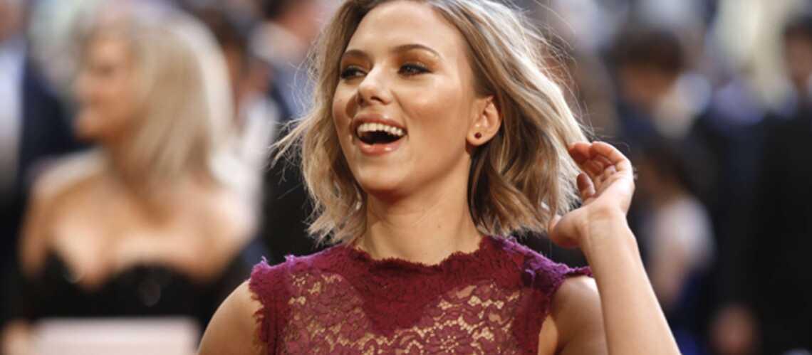 Scarlett Johansson a pris Joseph Gordon-Levittdans ses filets