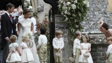PHOTOS – Quand Kate Middleton essaie de calmer les garçons d'honneur chenapans au mariage de sa sœur