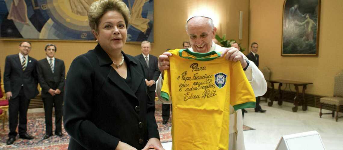 Football: Dilma Rousseff n'a pas converti le pape François