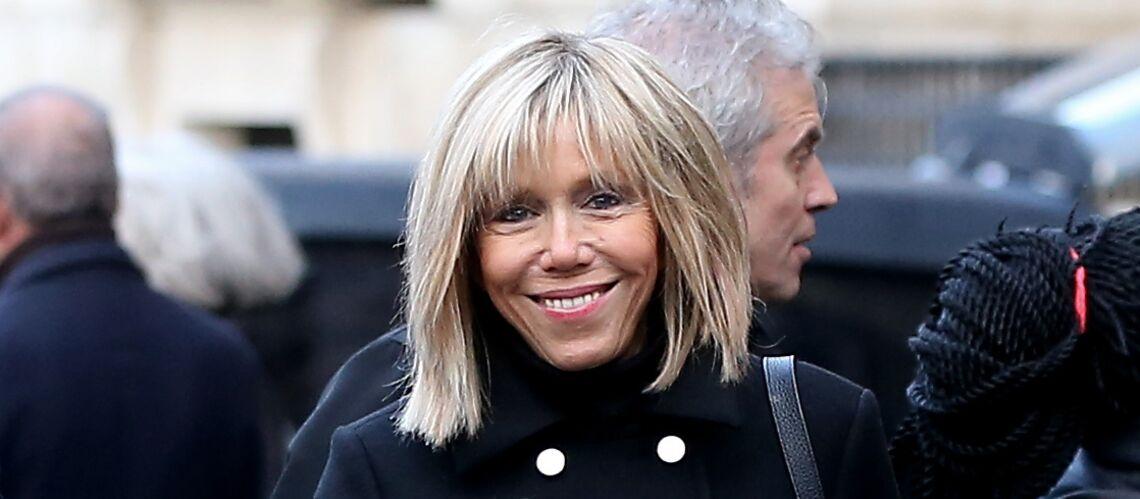 PHOTOS – Comment le jeans Aquaverde de Brigitte Macron est devenu un indispensable