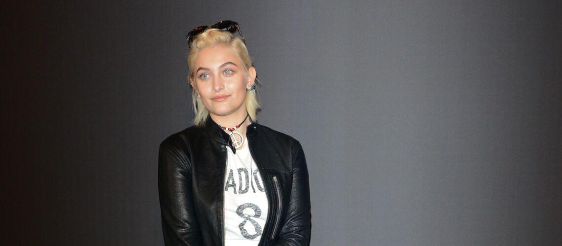 PHOTOS – Paris Jackson, avec des airs de Madonna, montre son look rock au défilé Dior Homme