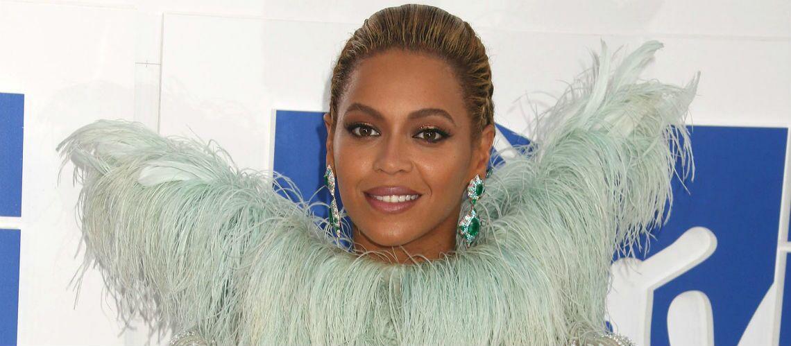 VIDEO – Beyoncé appelle une fan atteinte d'un cancer sur Facetime