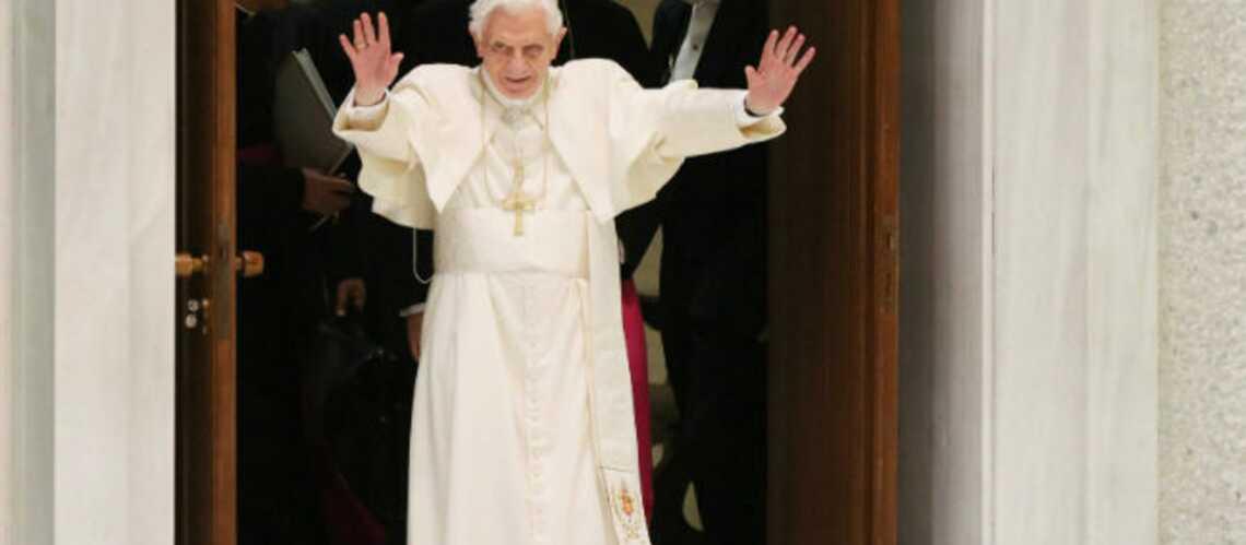 Benoit XVI, plus populaire que Justin Bieber