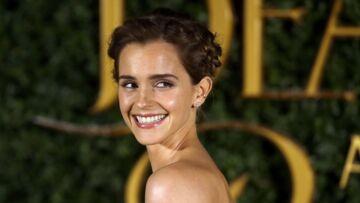 PHOTOS – Emma Watson se prend pour une princesse Disney sur tapis rouge
