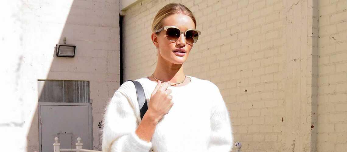 Shopping de star – Rosie Huntington Whiteley, poupée monochrome
