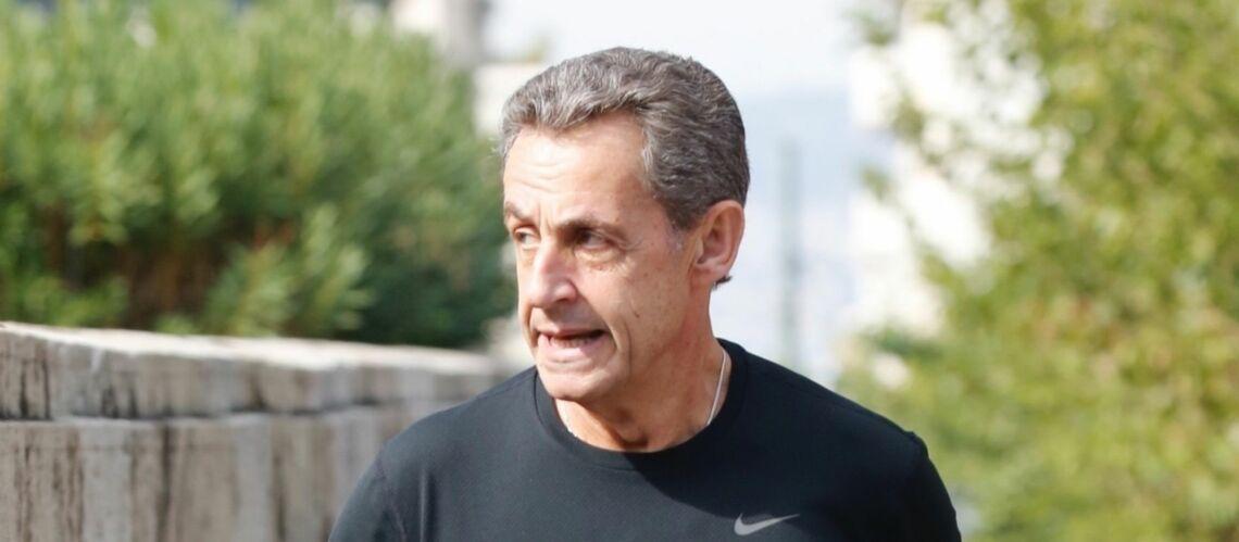 PHOTOS – Nicolas Sarkozy: même à Athènes il fait son jogging