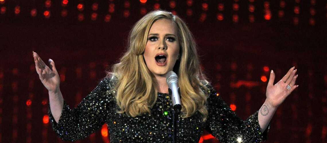 Adele insulte les terroristes sur scène