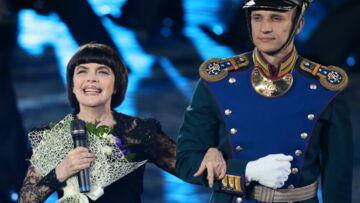Mireille Mathieu bouleversée par le crash d'avion des Chœurs de l'Armée Rouge