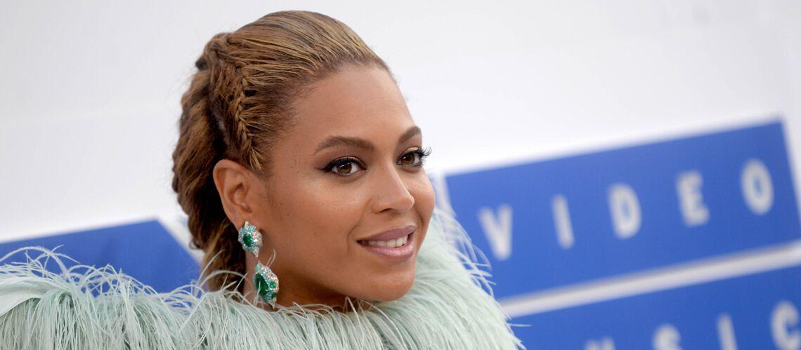 """Beyoncé est """"sur le point d'accoucher"""", sa mère donne de ses nouvelles"""