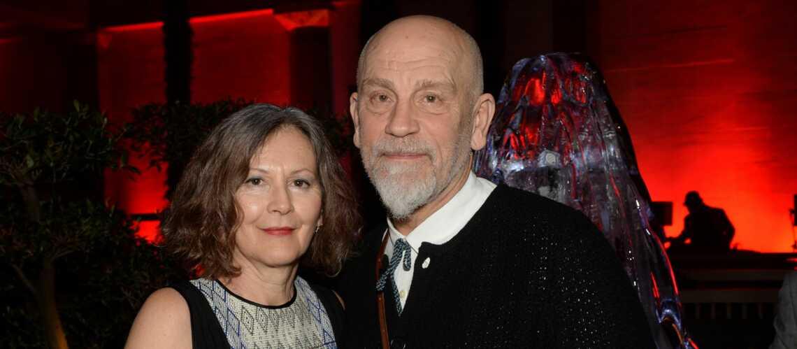Gala By Night: John Malkovich et sa femme fêtent le Nouvel an Russe