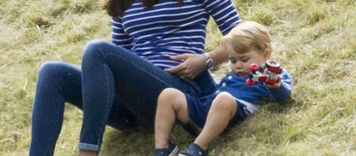 Baby George: Ses vacances au vert!