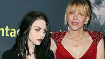 Frances Bean Cobain déshonore sa mère