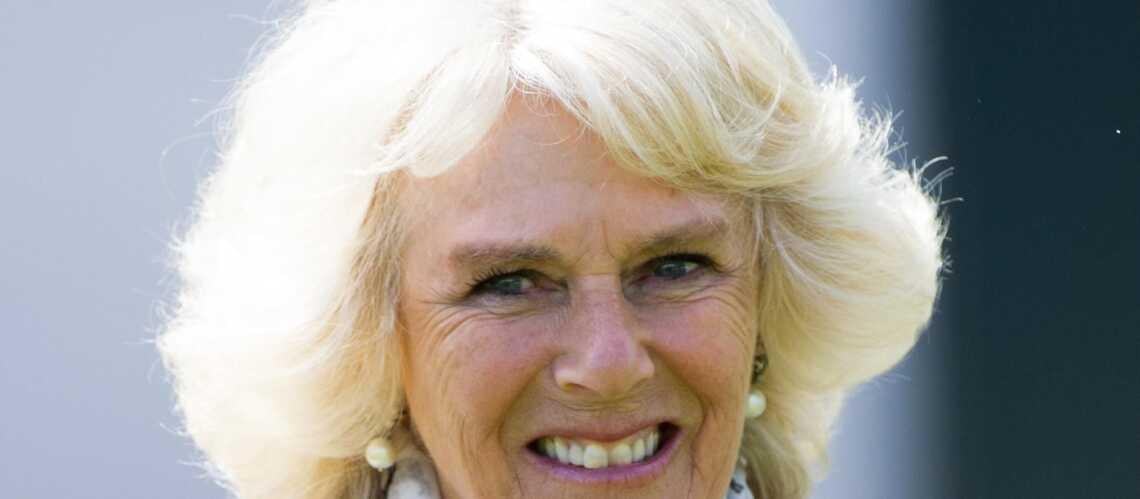 Violences conjugales: Camilla Parker Bowles émue aux larmes