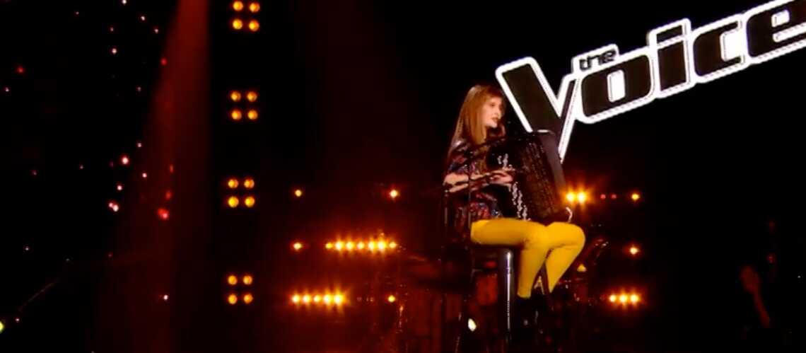 The Voice- Estelle Mazzillo sort l'accordéon