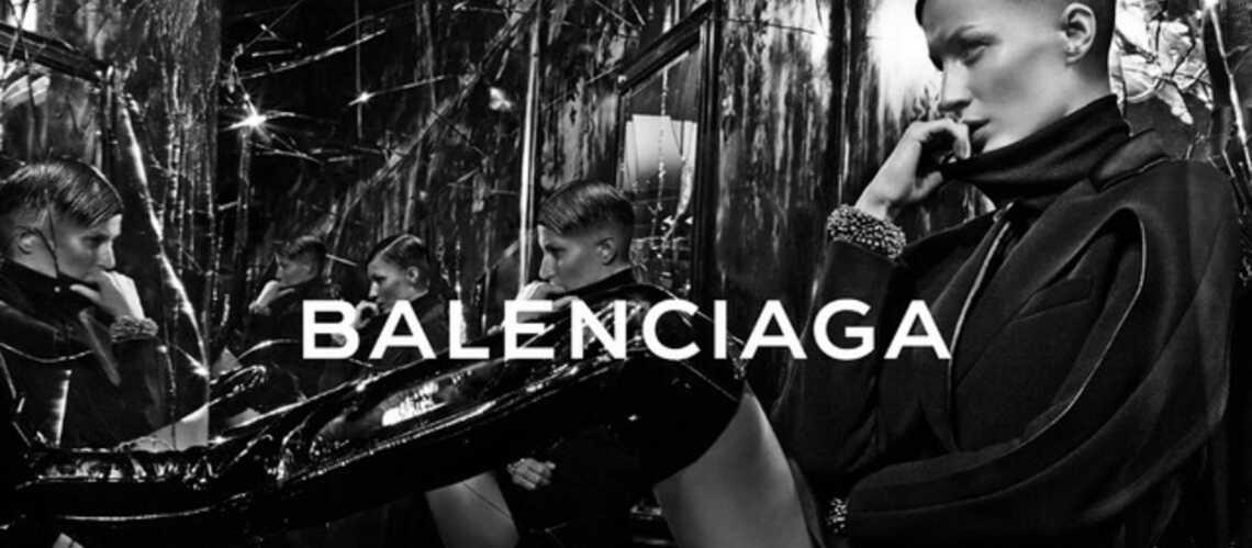 Coiffure de star: Gisele Bündchen, cheveux courts pour Balenciaga