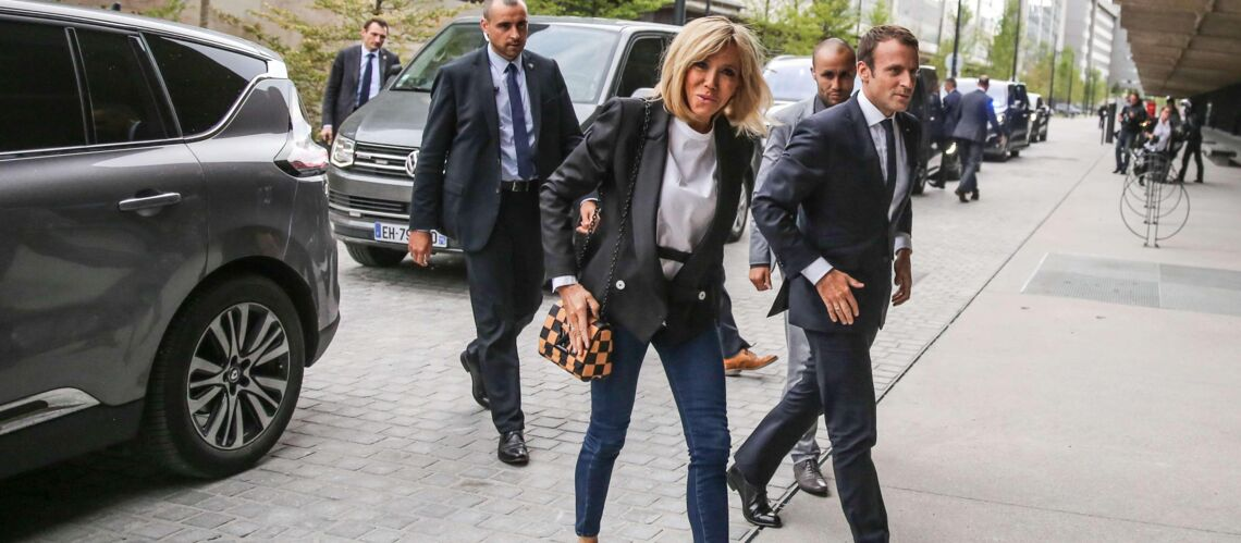 Pourquoi Emmanuel et Brigitte Macron ont souhaité des vacances en tête-à-tête, sans famille ni amis