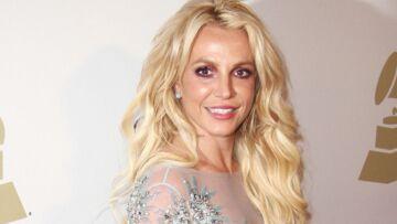 PHOTO – Britney Spears fière de son ventre plat: avec son nouveau chéri, la chanteuse est devenue accro au sport