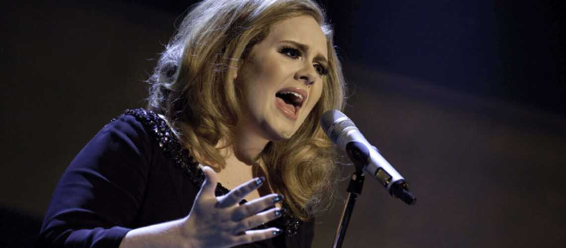Adele annule tous ses concerts, Twitter s'affole