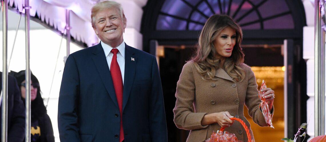 PHOTOS – Melania Trump fête Halloween et ses grimaces n'ont pas fini de faire peur aux enfants