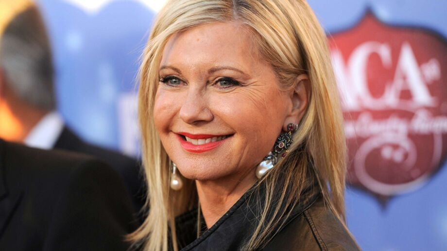 olivia newton john la biographie de olivia newton john avec. Black Bedroom Furniture Sets. Home Design Ideas