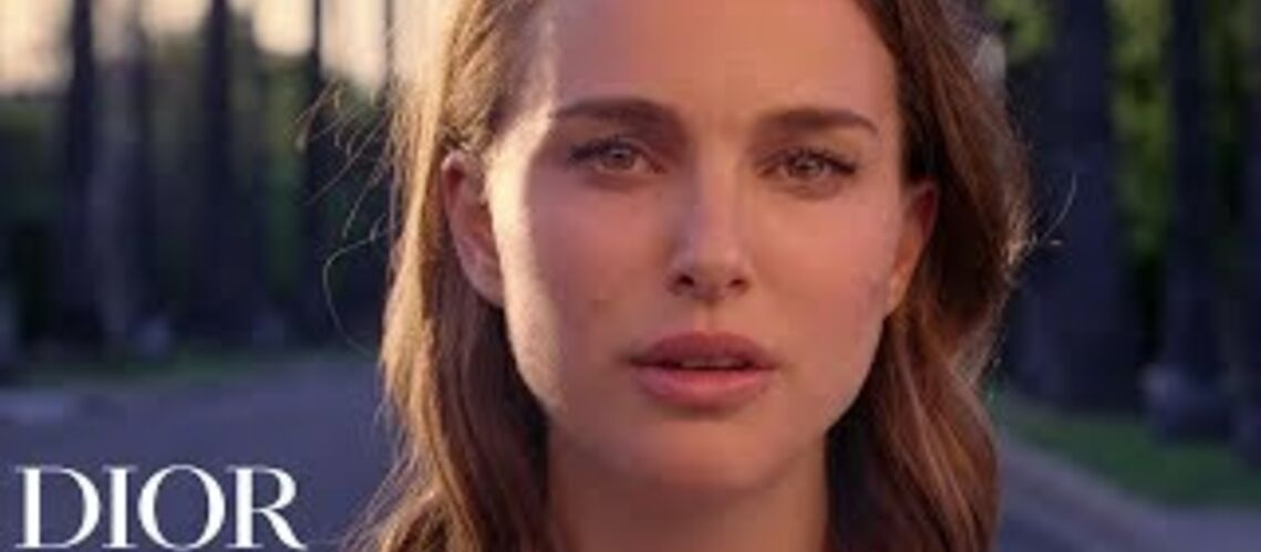 VIDEO – Natalie Portman, sublime et mutine dans la pub Miss Dior